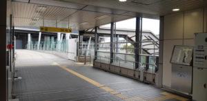 ゆりかもめ線の新豊洲駅の改札口を出て左